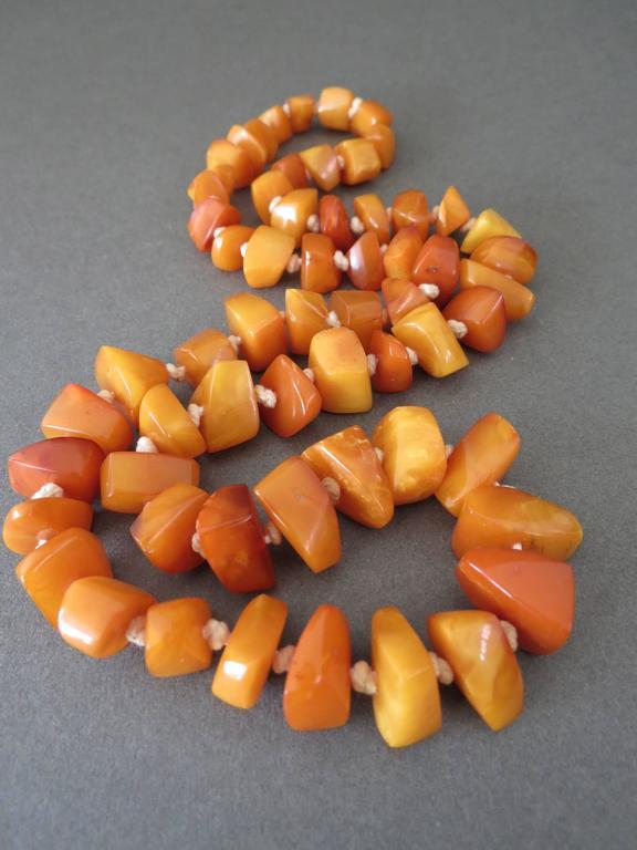 Vintage Natural Baltic Butterscotch Egg Yolk Amber Necklace 2