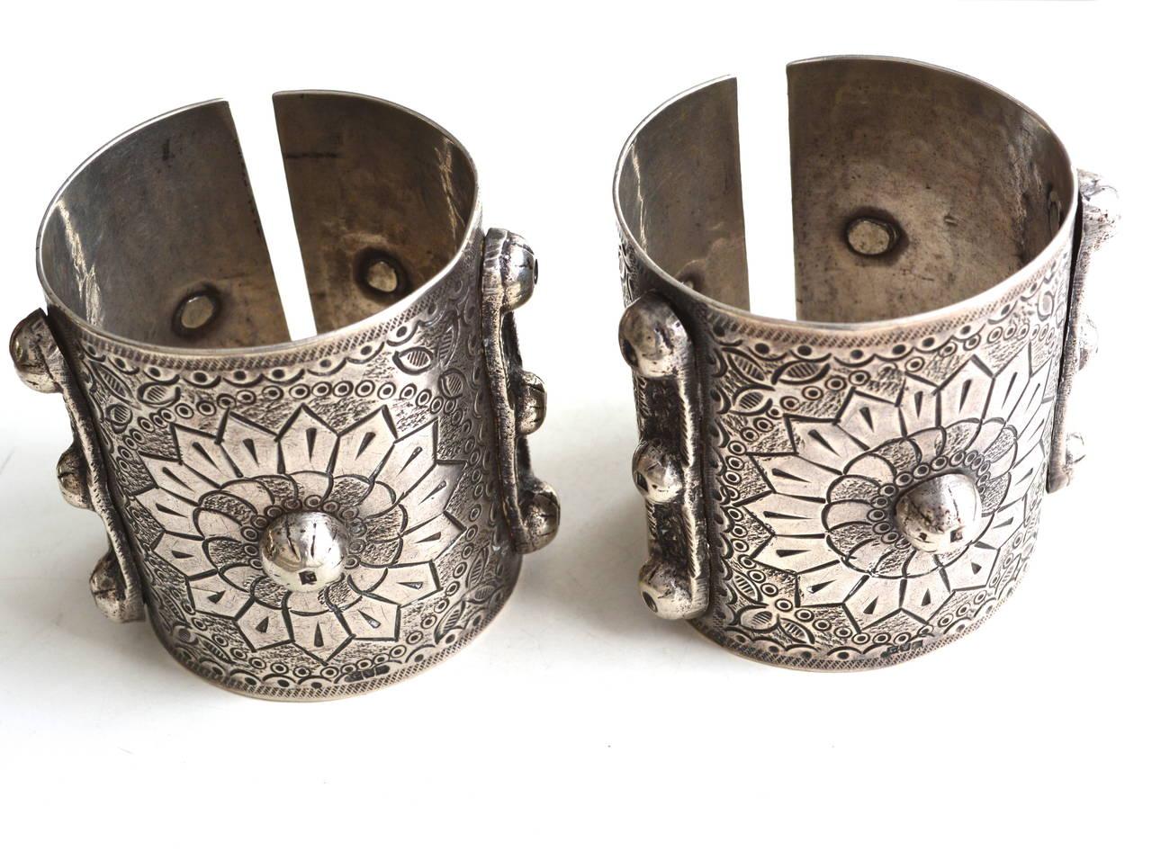 Egyptian 900 Silver Cuffs / Bedouin Armor Bracelets / Siwa Oasis For Sale 2