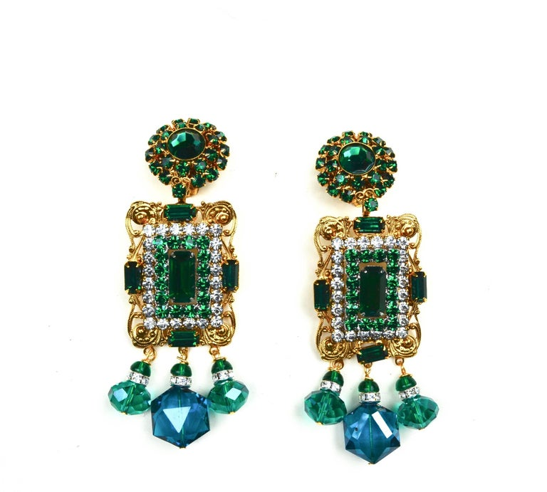 Larry Vrba Emerald Earrings In Excellent Condition For Sale In Litchfield County, CT