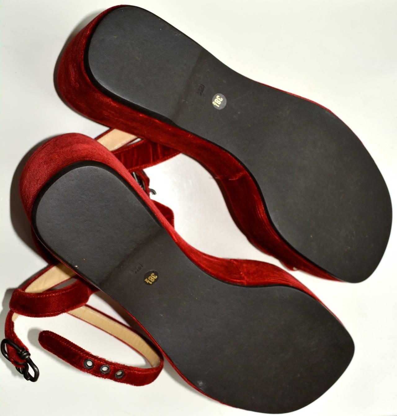 Prada Red Velvet Sandals 38 1/2 4