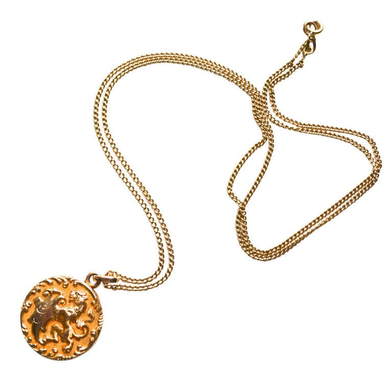 HOLD Edwardian 14K Gold Griffin Locket 1