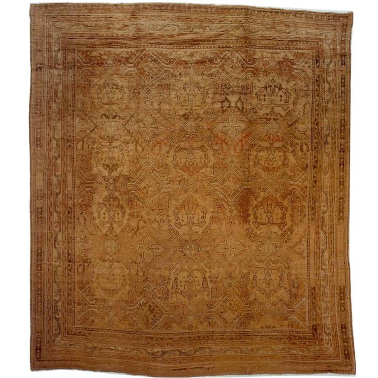 Early 20th Century Oushak Rug