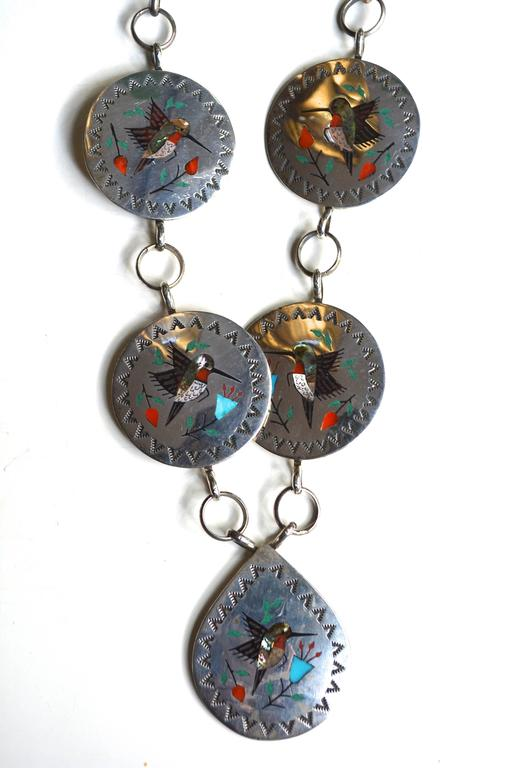 Raymond Boyd Navajo Hummingbird Necklace In Excellent Condition For Sale In Litchfield County, CT