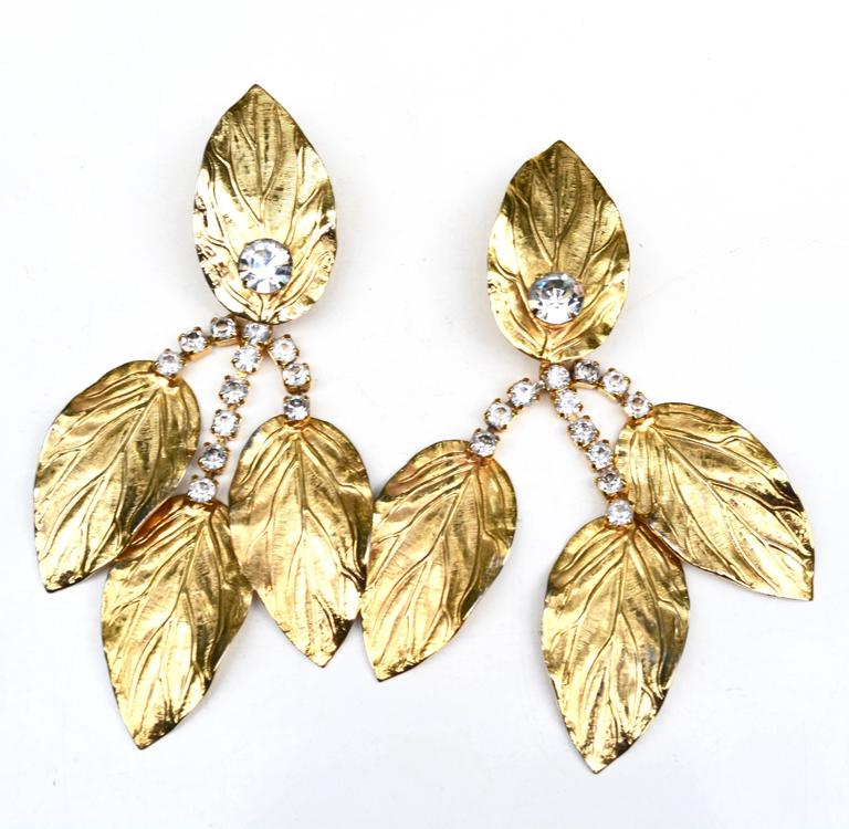70s Kenneth Jay Lane Leaf Earrings In Excellent Condition For Sale In Litchfield County, CT