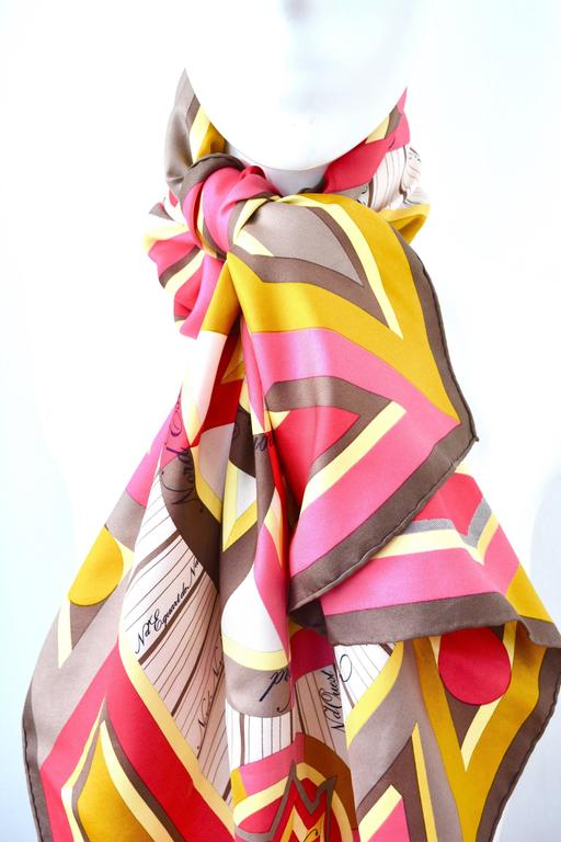 Hermes La Rose Des Vents Pink Scarf In Good Condition For Sale In Litchfield County, CT