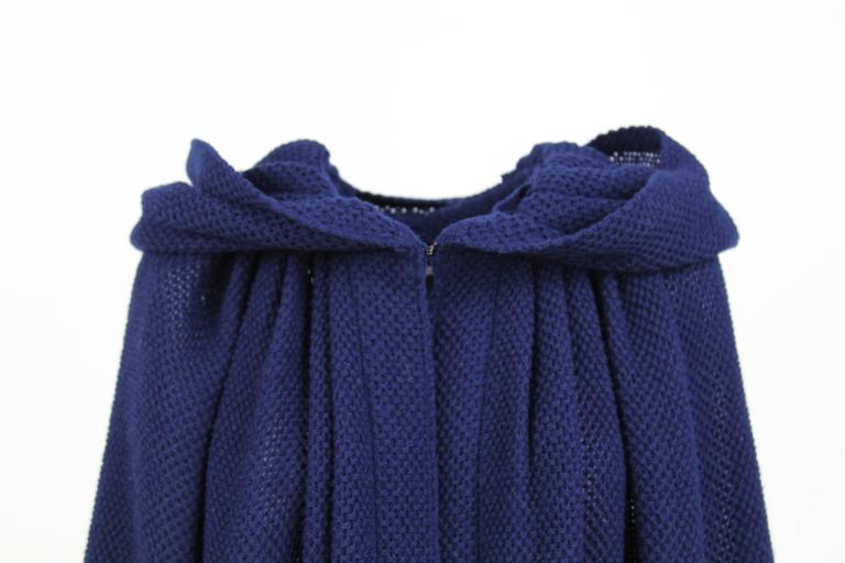 1970S Stop Sénès Blue Wool Cape-and-Skirt Enswmble For Sale 1