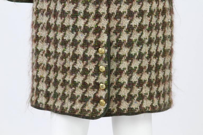 1990s Chanel Pied de Poule Overcoat For Sale 2