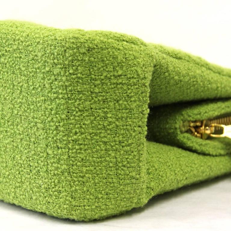 1990's Chanel Acid Green Wool Bouclé Shoulderbag 6