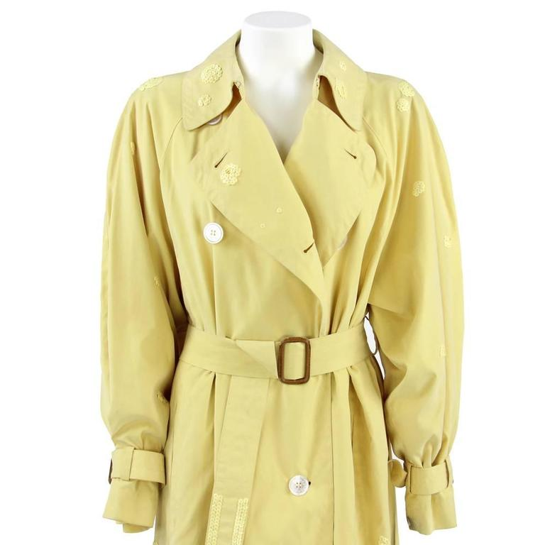 1980s Hermès yellow Raincoat In Good Condition For Sale In Lugo (RA), IT