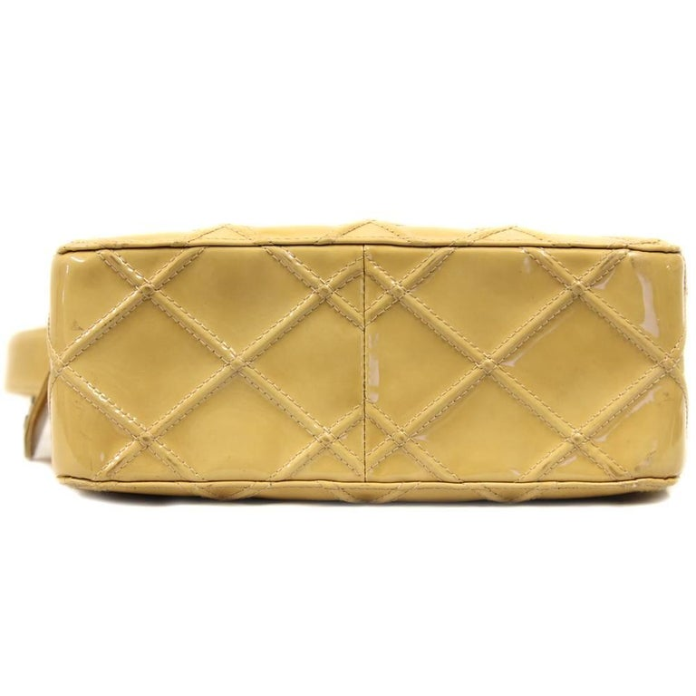 2000s Chanel Beige Leather Shoulder Bag In Good Condition For Sale In Lugo (RA), IT