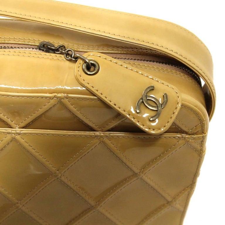 2000s Chanel Beige Leather Shoulder Bag For Sale 1
