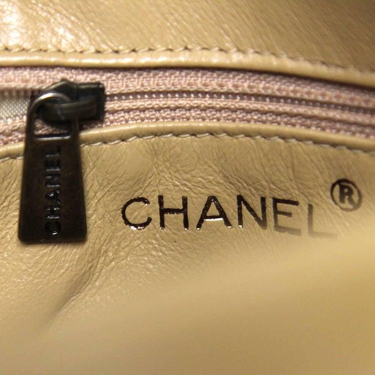 2000s Chanel Beige Leather Shoulder Bag For Sale 5