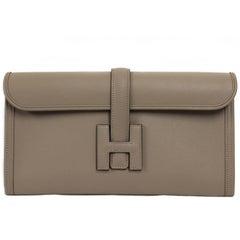 2000s Hermès Grey Asphalt Leather Jige Élan Pochette
