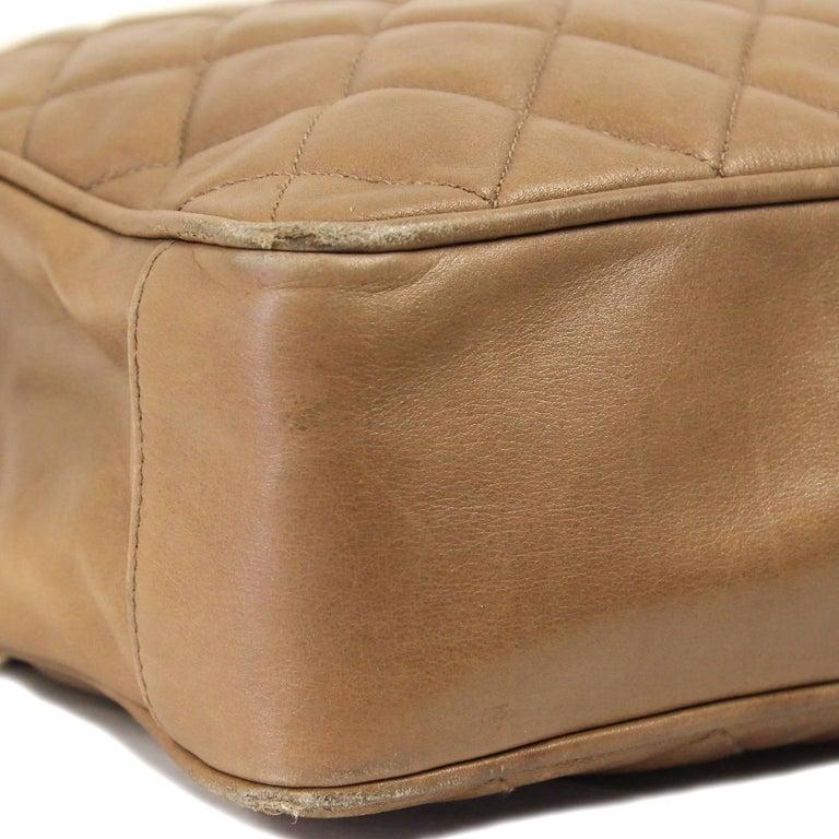 1990s Chanel Brown Leather Matelassé Bag For Sale 5