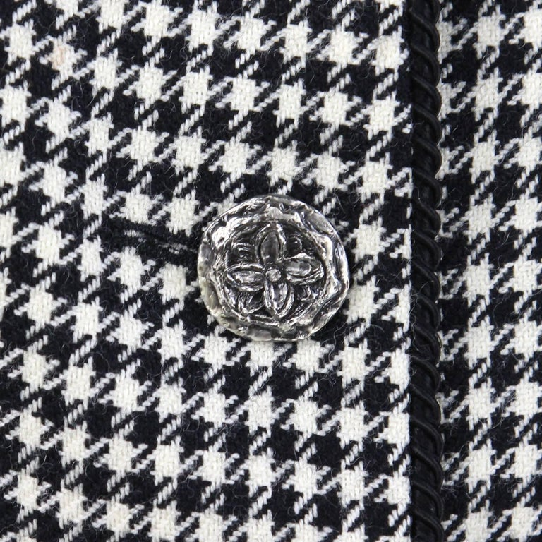 1990s Yves Saint Laurent Black and White Wool Jacket For Sale 2