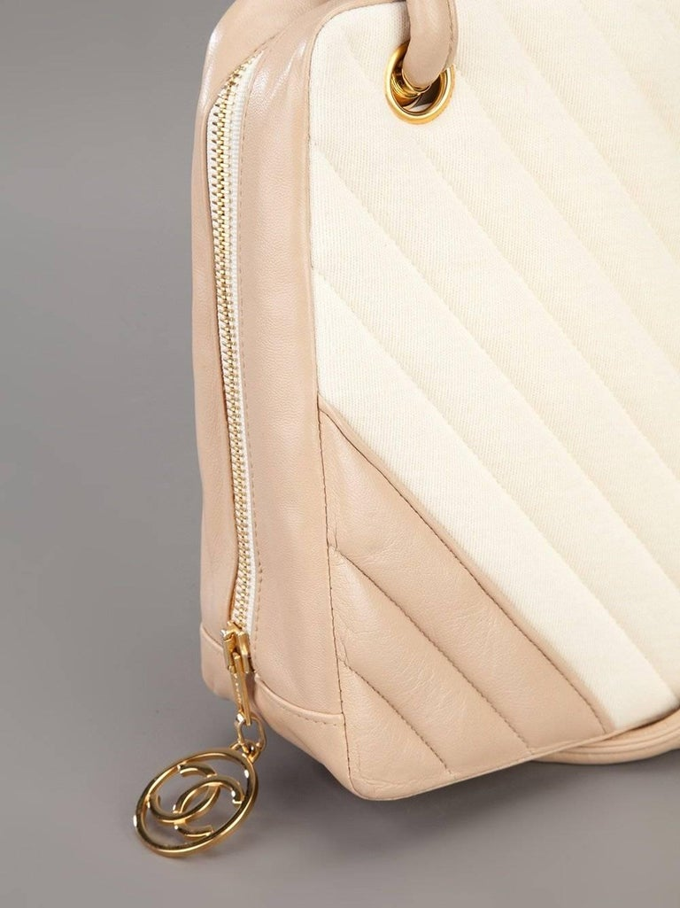 Women's Chanel Pink and White Bag, 1990s For Sale