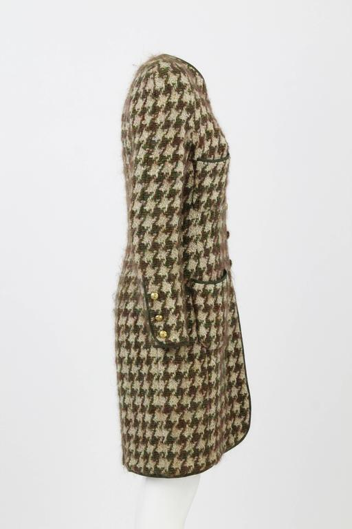 Gray 1990s Chanel Pied de Poule Overcoat For Sale