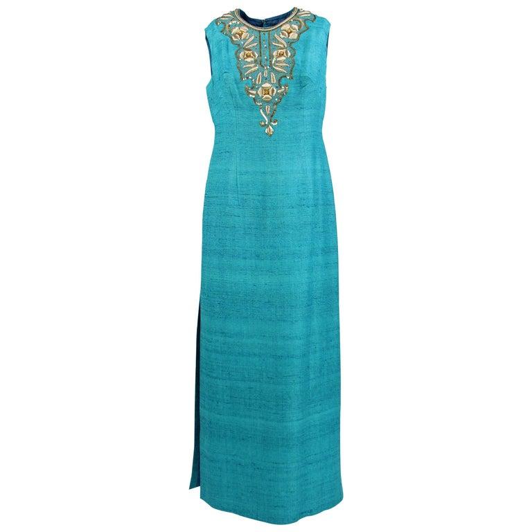 139c8b0e8ac Handwerkskunst Italienisches Kleid im Angebot bei 1stdibs