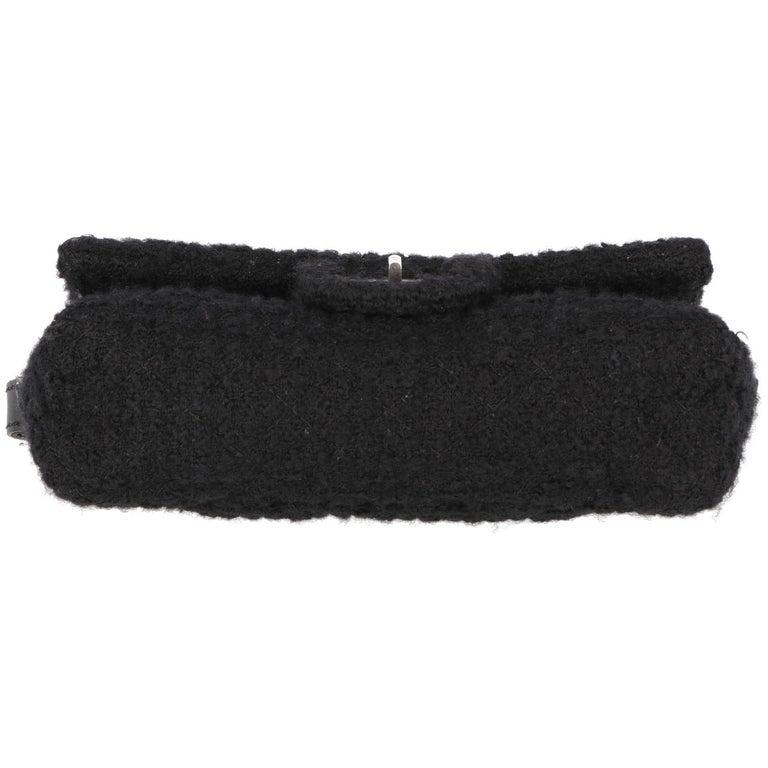 2008-2009s Chanel Black Tweed Vintage Bag For Sale 5