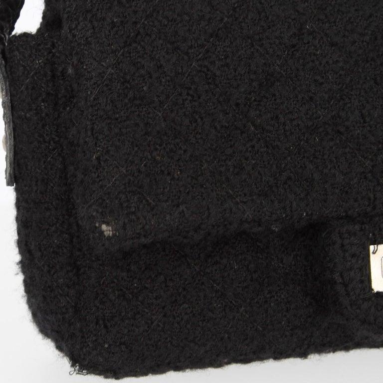 2008-2009s Chanel Black Tweed Vintage Bag For Sale 4