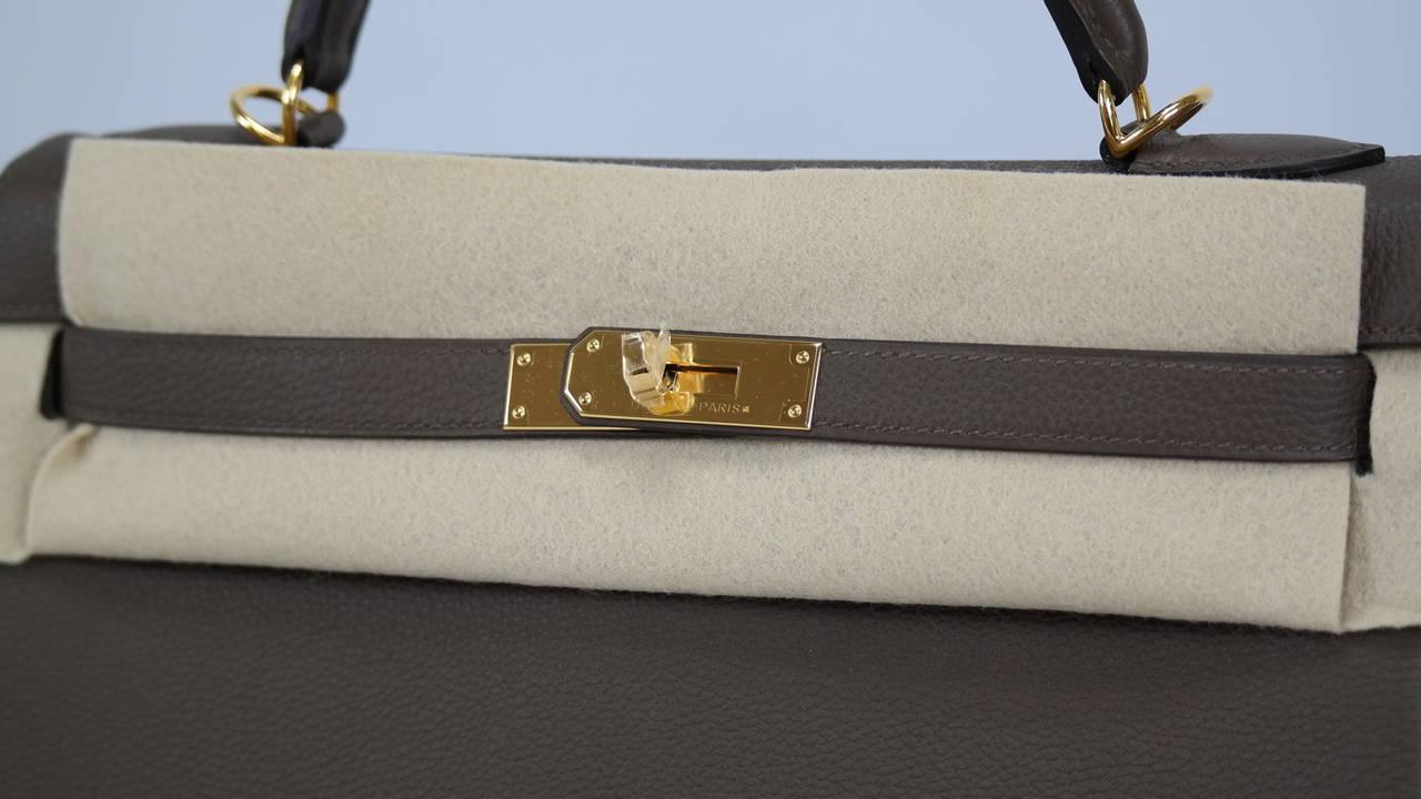 2014 Hermes Kelly Bag II Retourne 32cm Taupe Gold Hardware. at 1stdibs