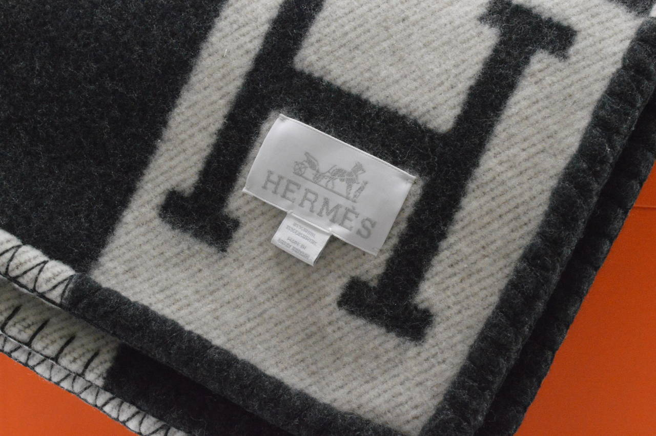 Hermes Avalon Blanket Couch Ecru Gris Fonce At 1stdibs