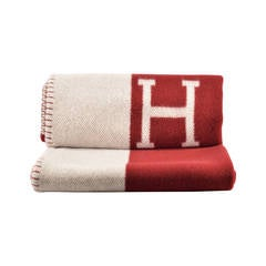 Hermes Avalon Blanket Couch BEIGE RED 2015.