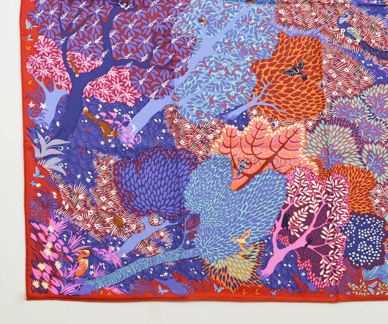 Hermes carre twill silk dans un jardin anglais red purple Dans un jardin anglais hermes