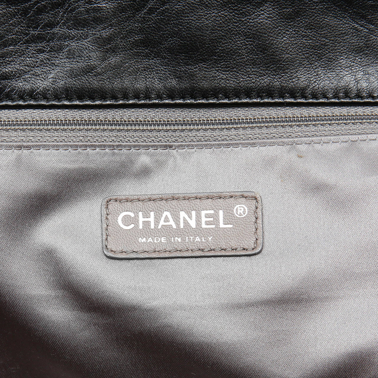 Chanel Black Leather East West Large Tote Bag 8