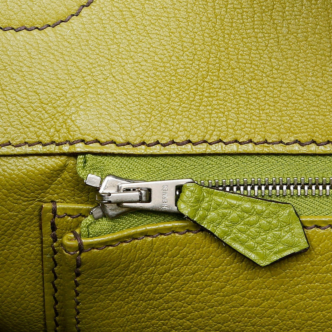 Hermes Vert Anis Green Togo  35 cm Birkin with PHW For Sale 4