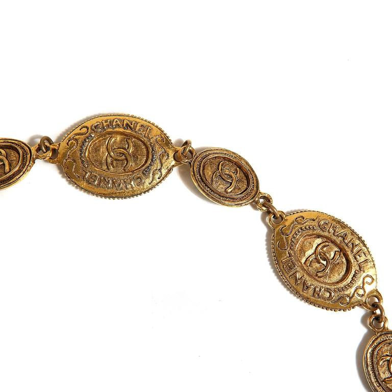 Chanel Oval Coin Necklace For Sale 2