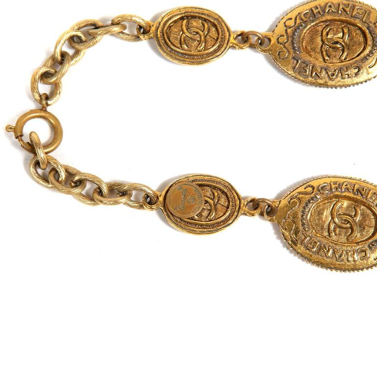 Chanel Oval Coin Necklace For Sale 3
