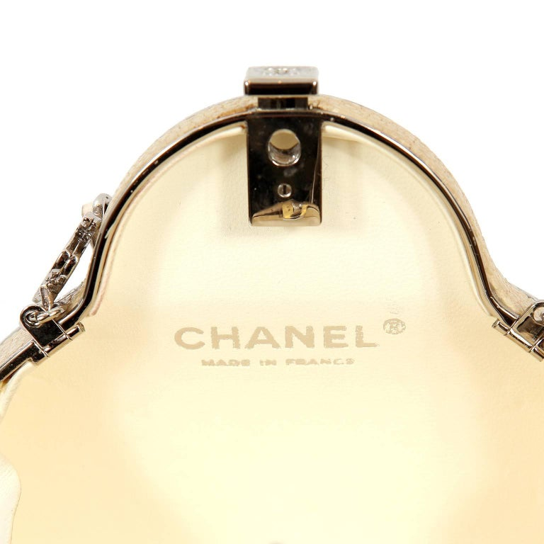 Chanel Beige Stingray Evening Clutch with Crossbody Strap 8