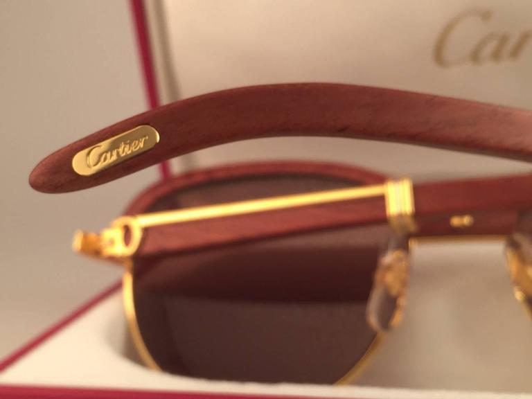 New Cartier Wood Malmaison Precious Wood Palisander and Gold 56mm Sunglasses  For Sale 4