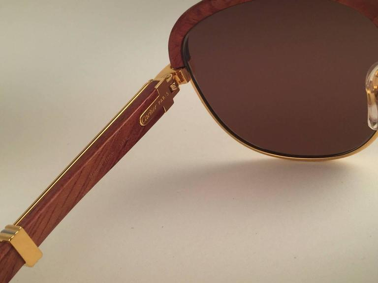 New Cartier Wood Malmaison Precious Wood Palisander and Gold 56mm Sunglasses  For Sale 2