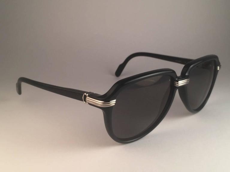 Women's or Men's New Cartier Vitesse Green Jade Platinum 58MM Platinum Sunglasses France  For Sale