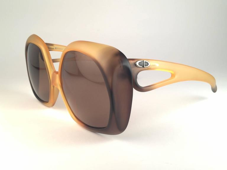Brown New Vintage Christian Dior 2005 Matte Ombre Amber Oversized Optyl Sunglasses For Sale