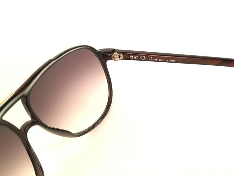 New Vintage Christian Dior Monsieur 2300 90 Zebra Optyl 1970 Sunglasses In New Never_worn Condition For Sale In Amsterdam, Noord Holland