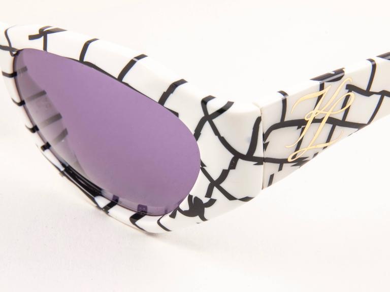 Women's New Vintage Karl Lagerfeld 3601 White & Black 1990 France Sunglasses For Sale