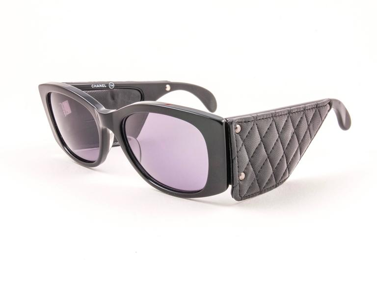 New Vintage Chanel Black Quilted Sides 1988 Sunglasses Made In France 3