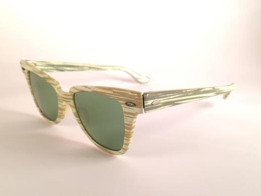 b93e0301b8a New Ray Ban 1960 s Mint Green Mid Century Black G15 Lenses B L USA  Sunglasses For Sale at 1stdibs