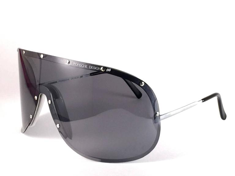Gray New Vintage Porsche Design 5620 Shield Collector Item 1980's Yoko Ono Sunglasses For Sale