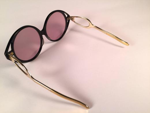 ff69ddbe30 New Vintage Bausch and Lomb Wynne Oversized Black Gold Rose Lenses  Sunglasses USA at 1stdibs