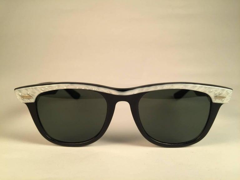 4f44c2c582 Ray Ban Wayfarer Grey Lens
