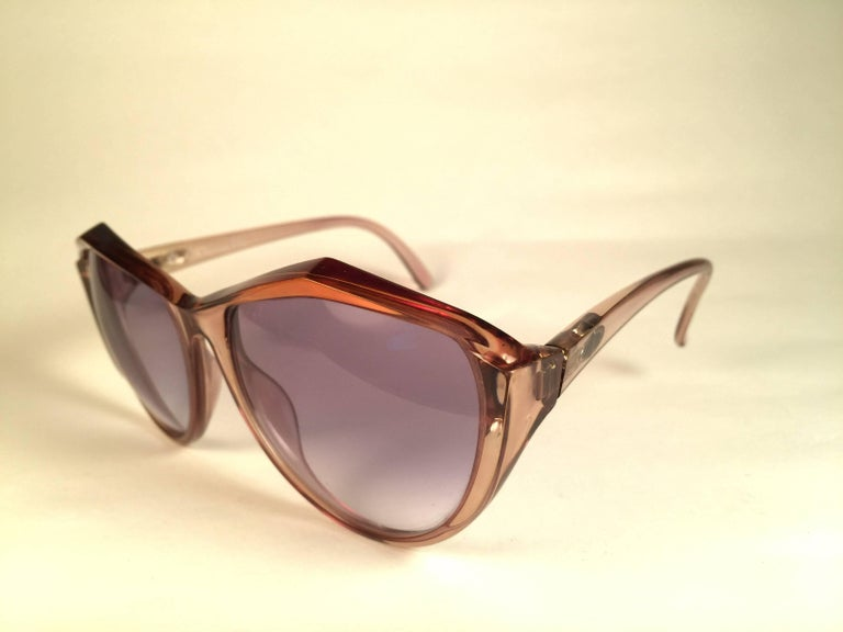 New Vintage Christian Dior 2234 Translucent Oversized Optyl Sunglasses In Excellent Condition For Sale In Amsterdam, Noord Holland