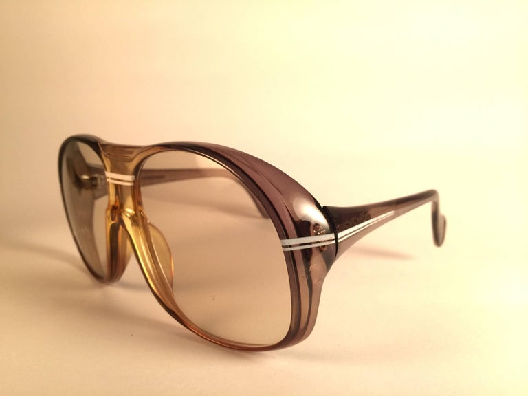 New Vintage Zeiss Marwitz Clear Green Light Lens Made W. Germany 1970 Sunglasses In New Condition For Sale In Amsterdam, Noord Holland