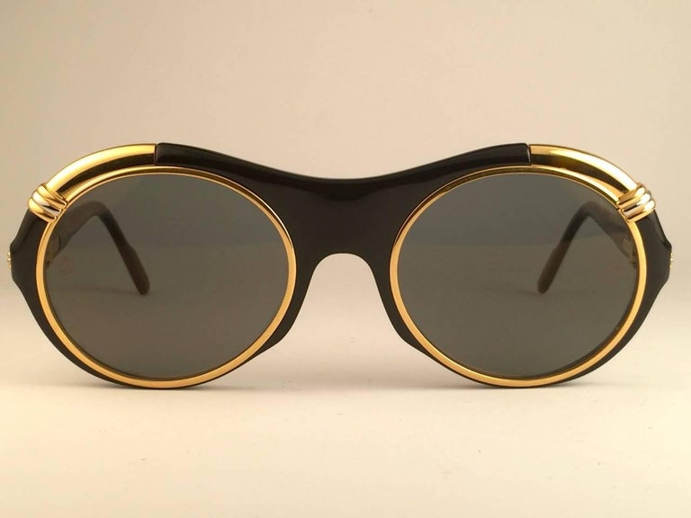997ea5c97caf New Cartier Diabolo Gold   Black 53mm 24k Gold Sunglasses France In New  Condition For Sale
