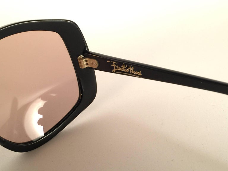 New Vintage Emilio Pucci Multicolour Oversized Collector Item Sunglasses France In New Condition For Sale In Amsterdam, Noord Holland