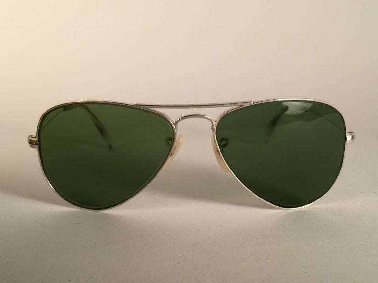 New Super special vintage Ray Ban Aviator 12K filled frame with B&L G15 Grey Lenses in SIZE 52!!  The smallest size available, suitable for children.  Please noticed this item may show minor sign of wear due to storage. Comes with its original Ray