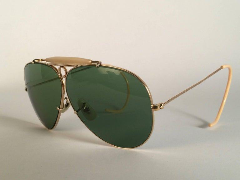 New Ray Ban Shooter 1950's Rare Classic 12K Gold Filigree USA Sunglasses In New Condition For Sale In Amsterdam, Noord Holland